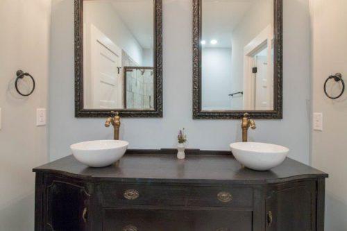 2 individual sinks