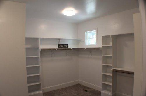 winslow homes custom closet
